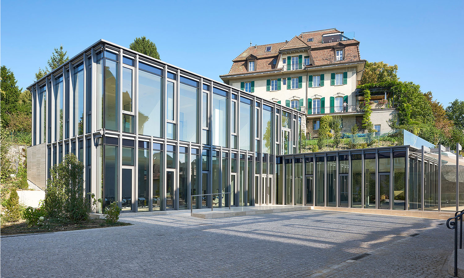 EXTENSION OF FINA'S HEADQUARTERS IN LAUSANNE