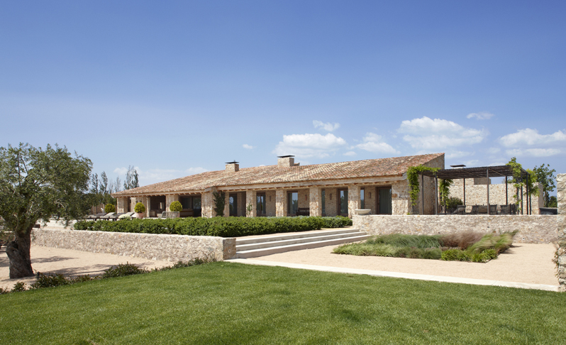 SINGLE FAMILY HOUSE IN FONTANILLES